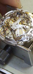 時計修理のWRS muta factoryの分解清掃イメージ画像です
